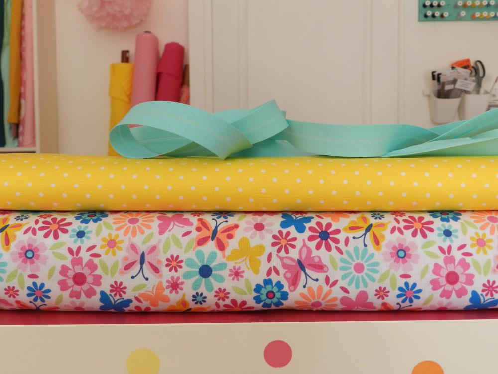 tissu flora pop 100% coton Michael Miller
